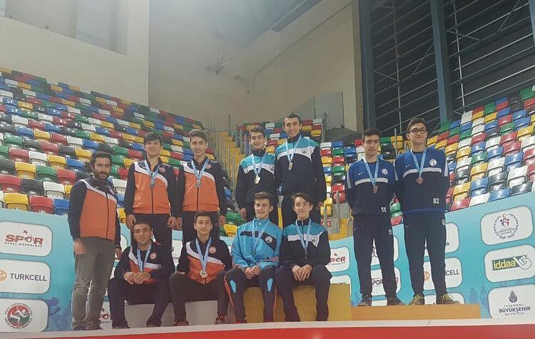 Osmangazi Belediyespor Atletizm Takımımız Kulübümüzün Yüzünü Güldürdü